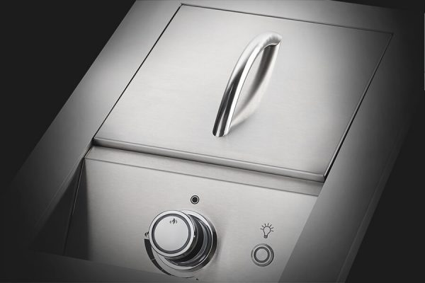 Built-in 700 Series Single Range Top Burner with Stainless Steel Cover