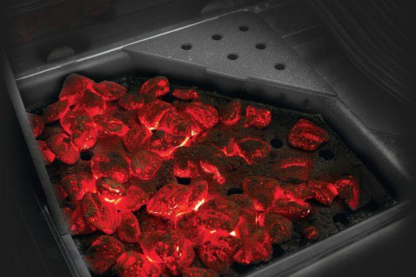 Prestige PRO™ 825 RSBI with Power Side Burner, Infrared Rear & Bottom Burners